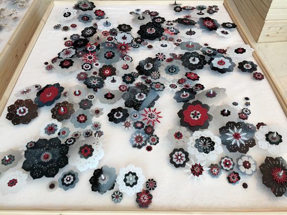 B-Amarger_artiste-textile_2019_parterre12-montgeron_ptbbr-entierbiaissol