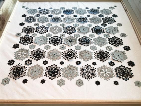 B-Amarger_artiste-textile_2019_parterre06-montgeron_1202A-entierbiaissol